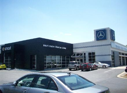 Architecture branding mercedes benz gets wise with for Mercedes benz dealerships