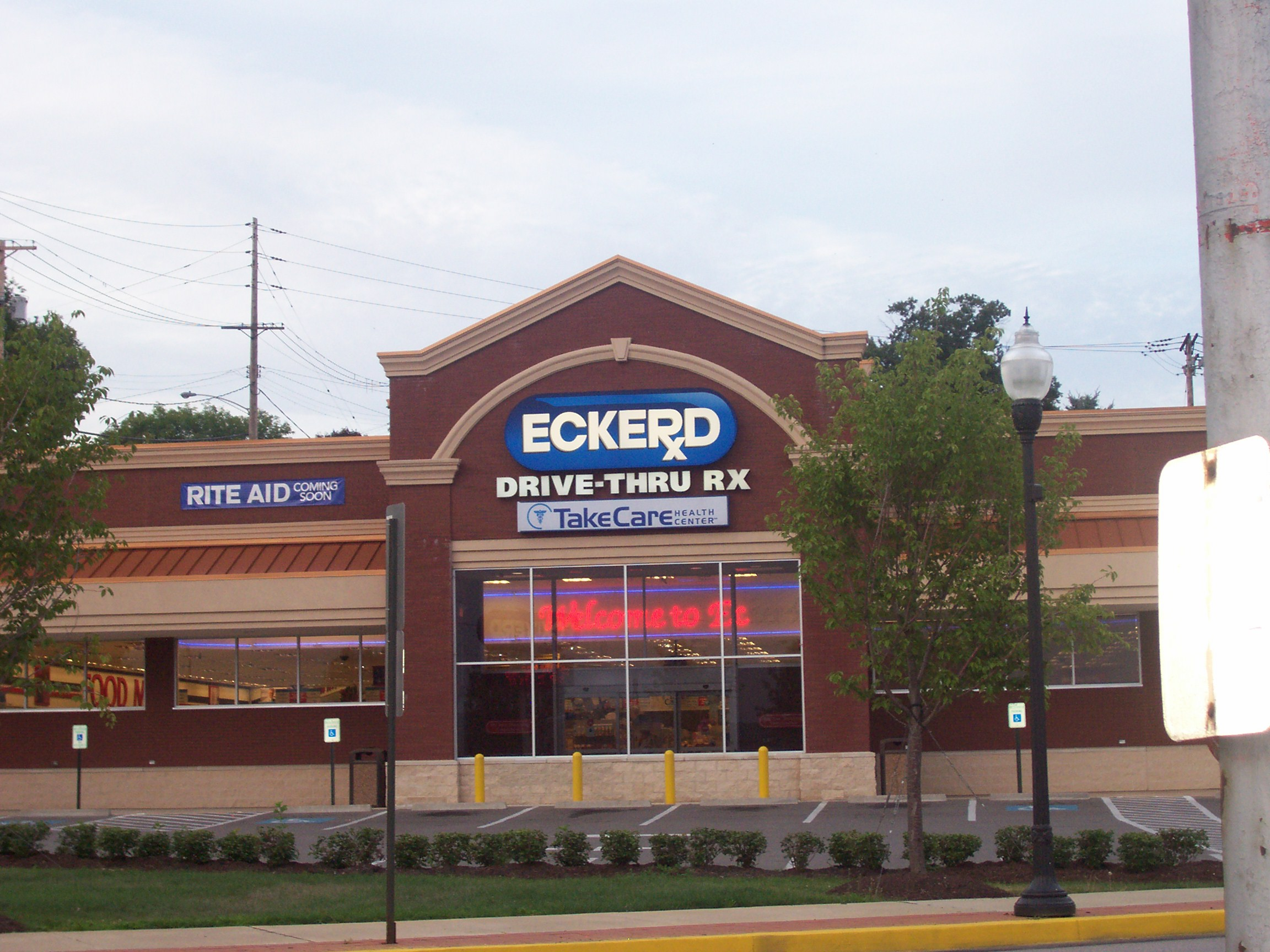 architecture branding eckerd pioneering spirit leaves built eckerd prior to rite aid