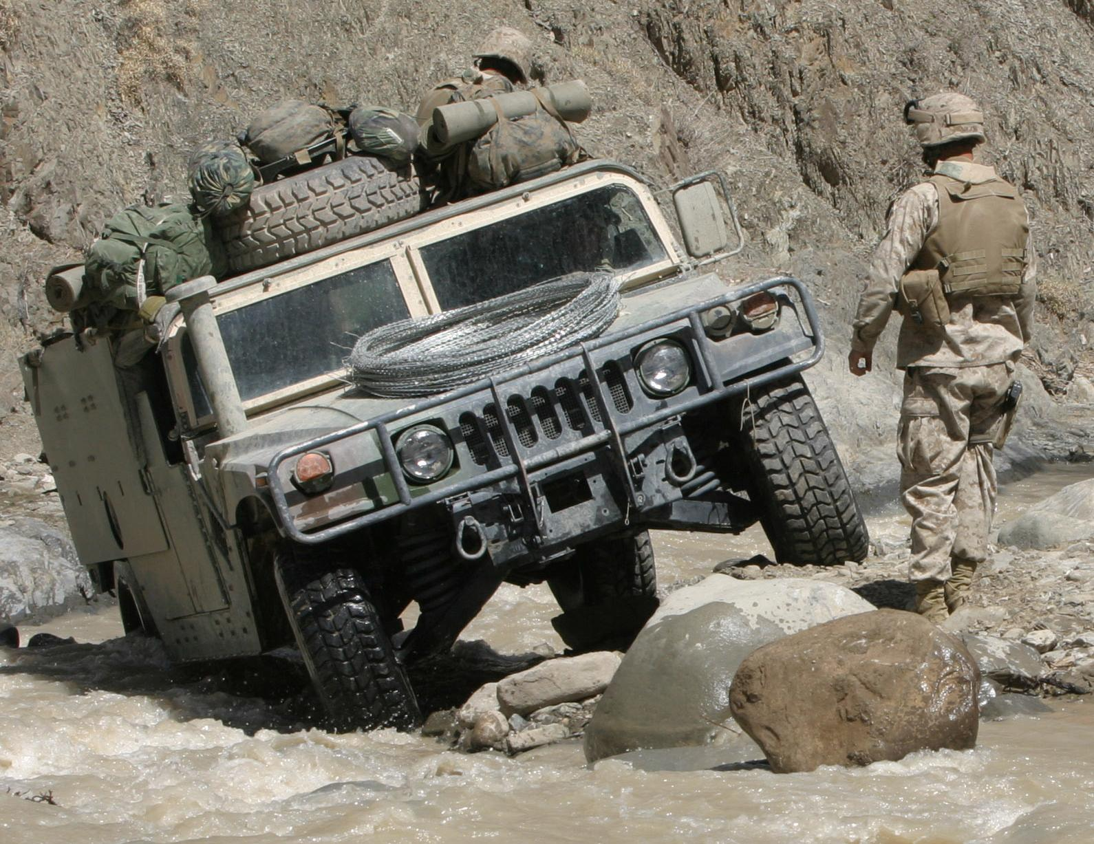 Architecture Branding Hummer Honours Military Heritage