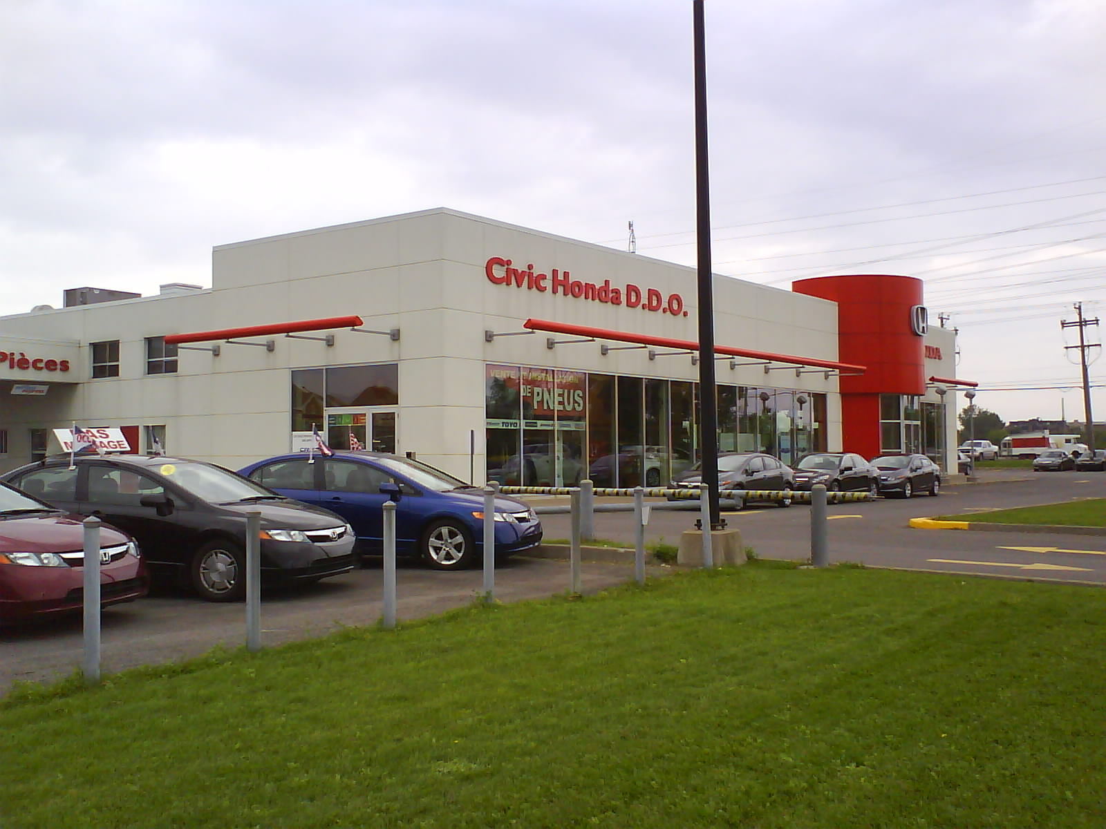 Understanding No-hassle  Auto Dealership Products dsc06522-honda-car-dealership-ca-qc-dollards-des-ormeaux-boulevard-des-sources