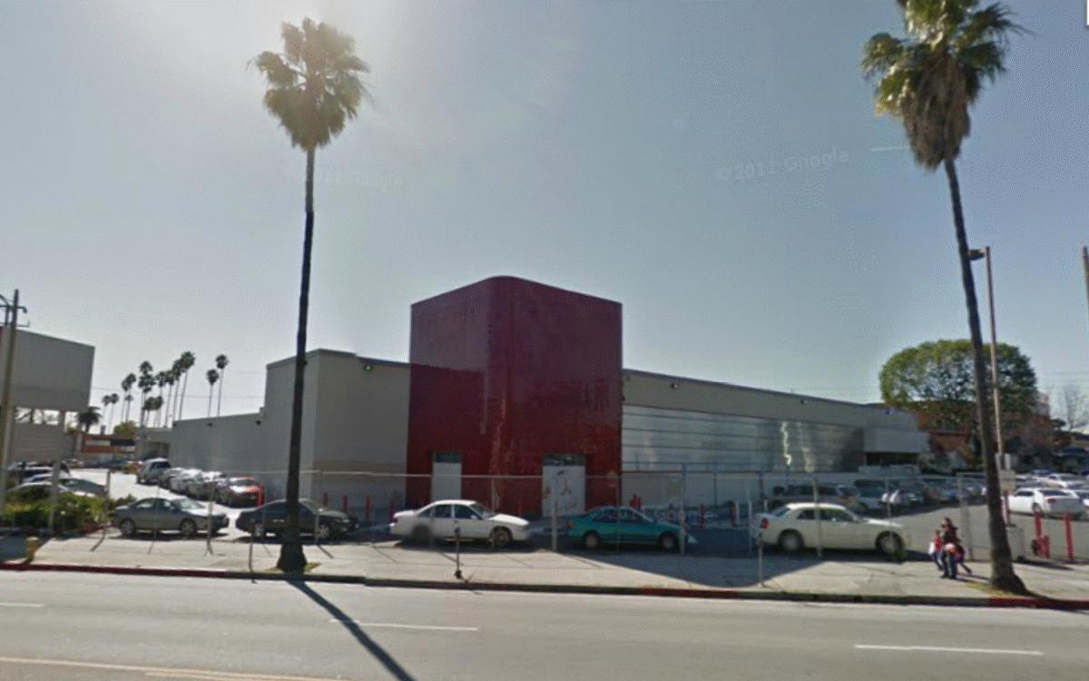 Architecture Branding Iconic Circuit City Store Design Sparks