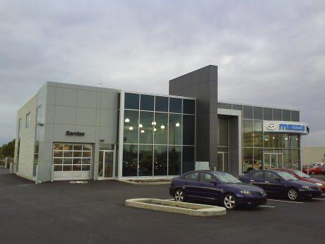 DSC00077 Wendys Mazda Dealership CA-QC-Longueuil
