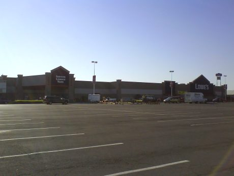 DSC09473 THD Lowes Route 11 near i481 Cicero New York