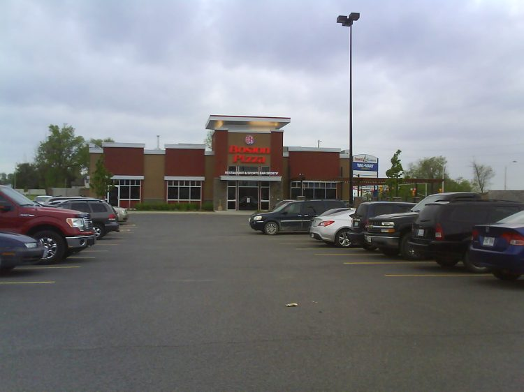 DSC04547 Boston Pizza Boston Pizza Rockland ON