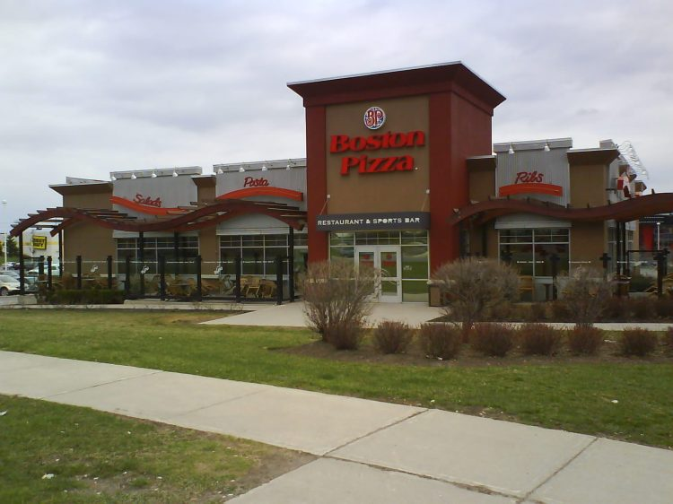 DSC08636 Boston Pizza Boston Pizza Yonge St near Green Lane East Gwillimbury ON