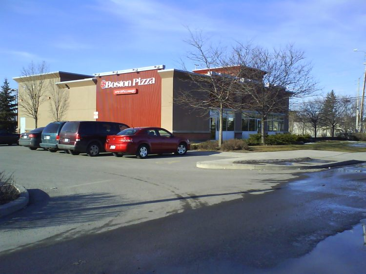 DSC10769 Boston Pizza Boston Pizza Conroy at Walkley Road Ottawa ON