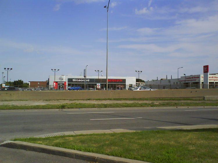 DSC09700 Nissan Nissan Dealership CA-QC-St-Leonard Boul Metropolitain near Boul Viau