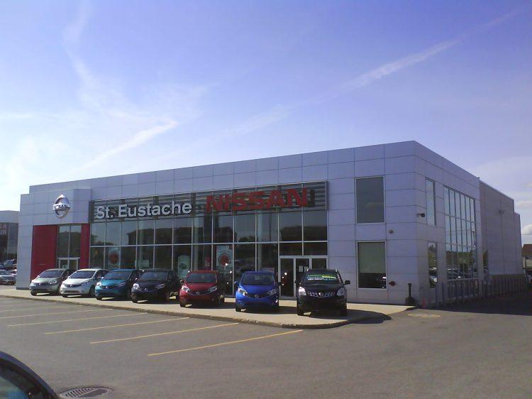 DSC11389 Nissan Nissan Dealership CA-QC-St-Eustache Rue Dubois