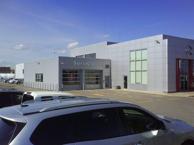 DSC11406 Nissan Nissan Dealership CA-QC-St-Eustache Rue Dubois