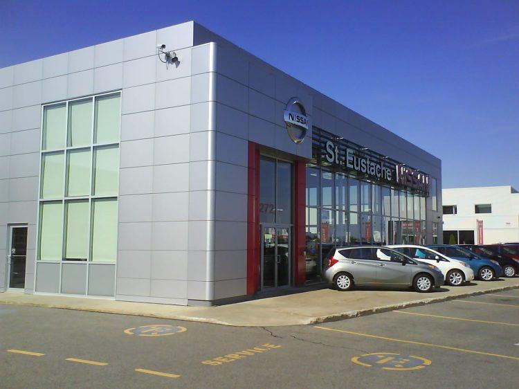 DSC11413 Nissan Nissan Dealership CA-QC-St-Eustache Rue Dubois