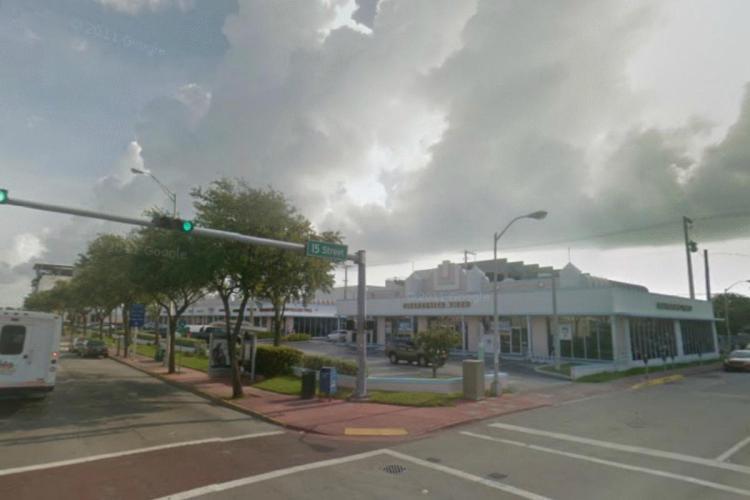 Blockbuster 1501 Alton Rd Miami Beach FL 8