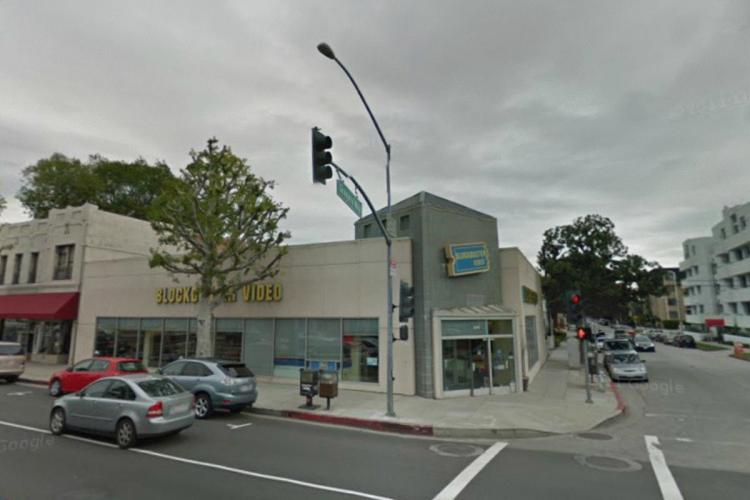 Blockbuster 270 S Robertson Road Beverly Hills CA 1