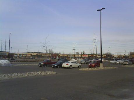 DSC03951 - Blockbuster Retail Powercenter  Trainyards Industrial Road Ottawa ON