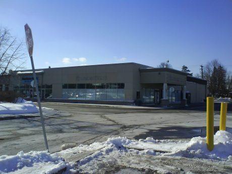 DSC12269 - Blockbuster FORMER Elmvale Acres Shopping Centre Ottawa ON