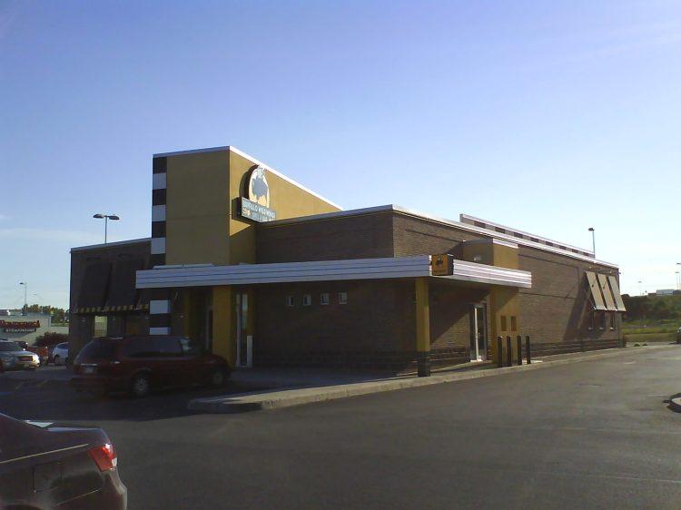 DSC09311 BWW - BWW Arsenal Street Watertown NY