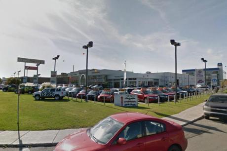 Fiat 2955 Chemin Cote de Liesse Montreal QC 6 https___maps.google