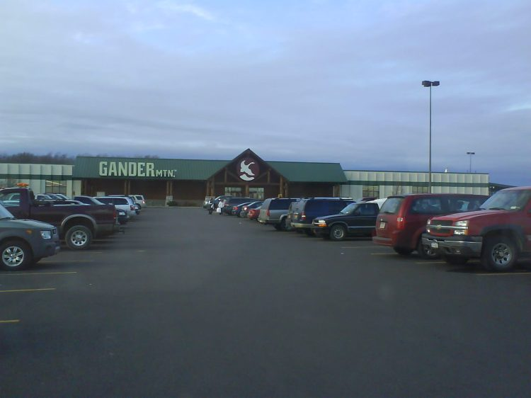 DSC07168 Outdoor Store - Gander Mountain Salmon Run Mall Watertown NY