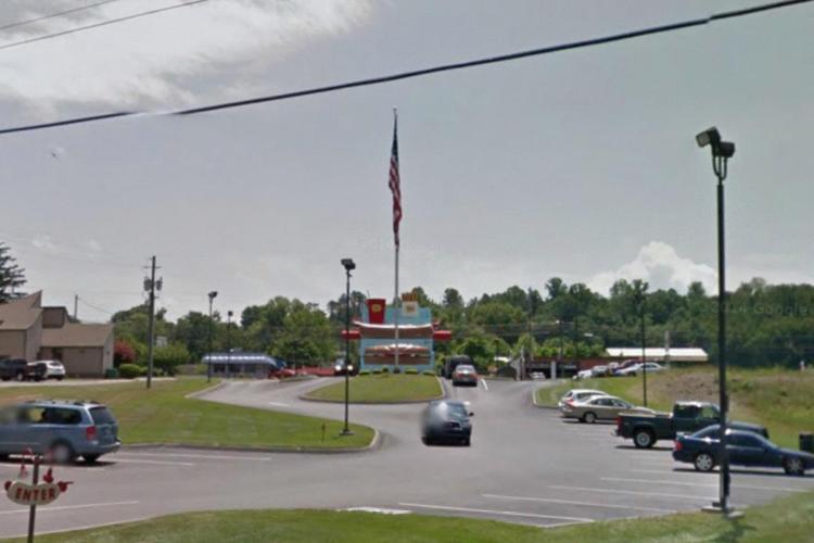 Pals 19 3277 Highway 126 Blountville TN 2 https___maps.google