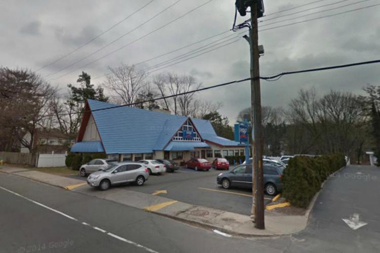 IHOP 1586 Northern Boulevard Manhasset NY 1 https___maps.google