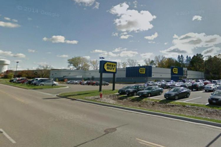 Best Buy 13513 Ridgedale Drive Hopkins MN 1 redesign 2013 https___maps.google