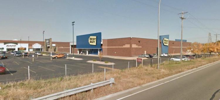 Best Buy 1643 County Road B2 West Roseville MN 8 Oct2012 https___maps.google