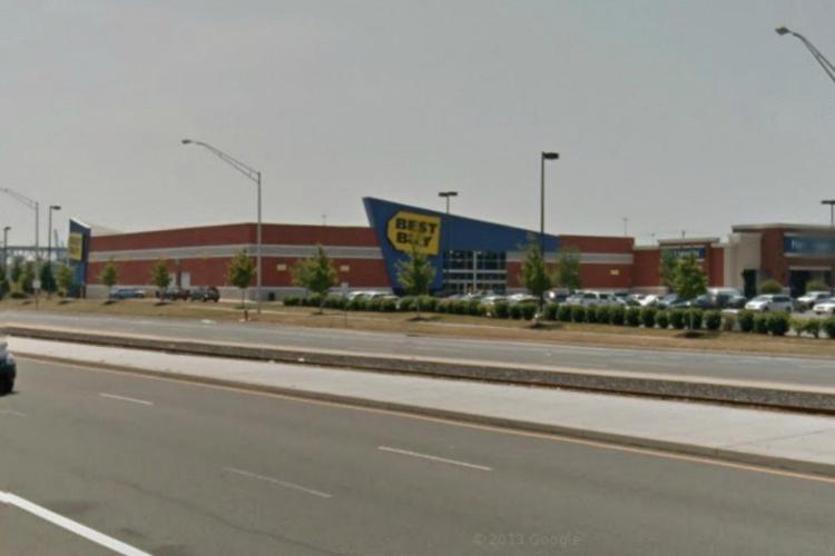 Best Buy 2300 South Christopher Columbus Boulevard Philadelphia PA 4 https___maps.google