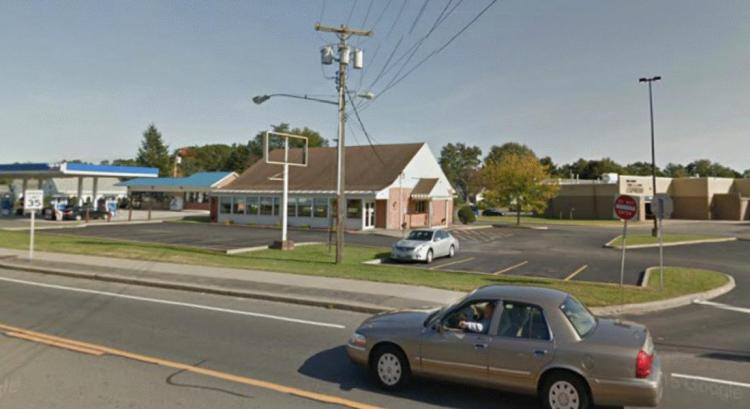 Friendlys 1300 Altamont Avenue Schenectady NY 1 https___maps.google CLOSED