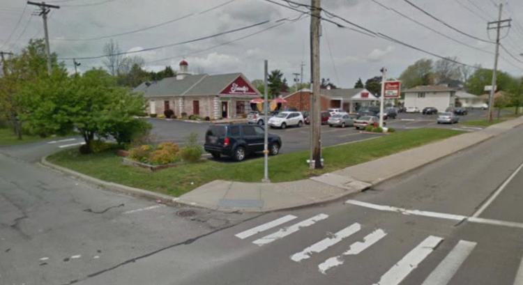 Friendlys 3935 Dewey Avenue Rochester NY 4 https___maps.google