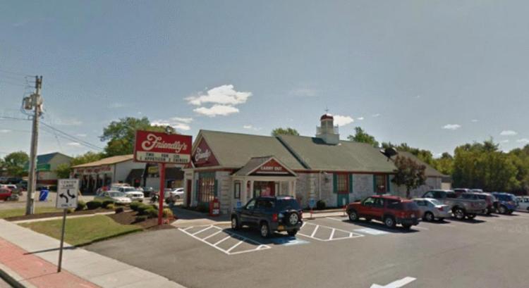 Friendlys 560 Arsenal Street Watertown NY 3 https___maps.google