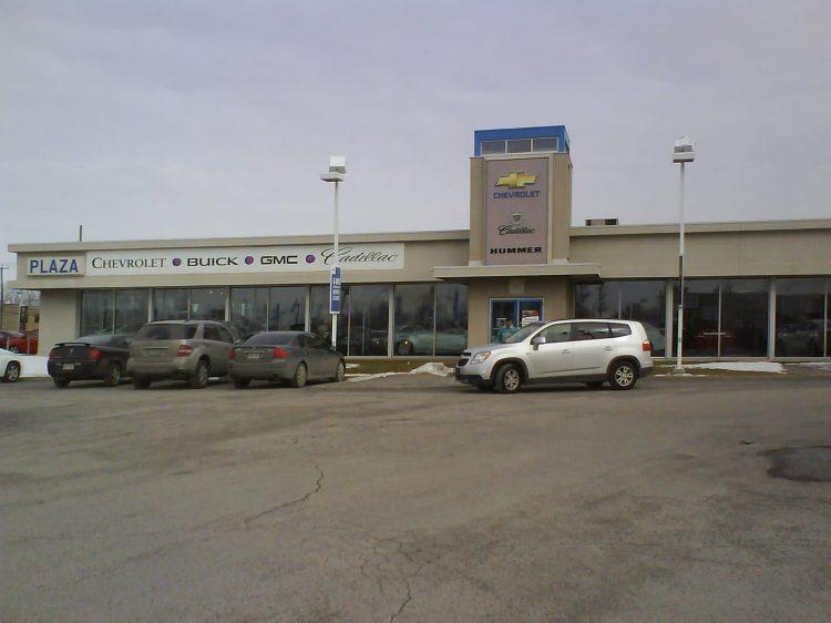DSC08142 GM Chevrolet - Chevrolet Buick GMC Cadillac 3650 Boul des Sources Dollard-des-Ormeaux QC