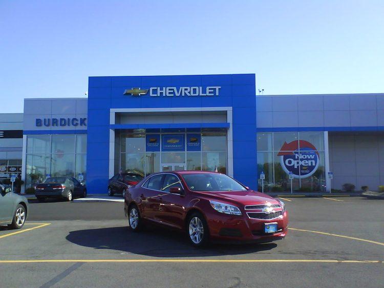 DSC09493 GM Chevrolet - Chevrolet Route 11 near i481 Cicero NY