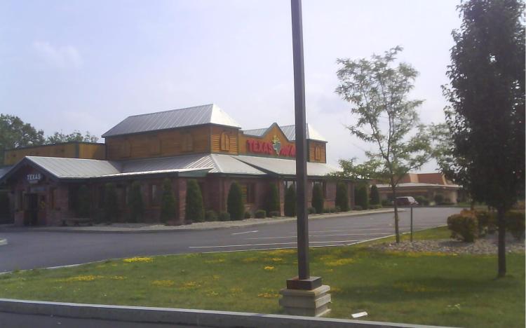 DSC06221 TXRH - Texas Roadhouse 3143 Erie Boulevard East Syracuse NY