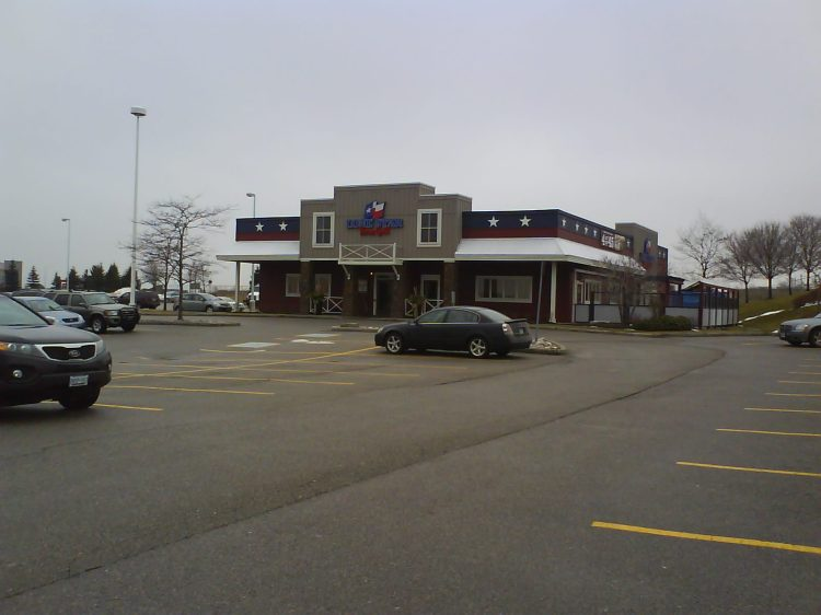 DSC07870 TXRH - Lone Star Grill 2520 Hyde Park Gate Oakville ON