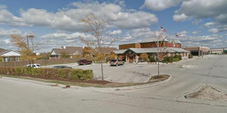 Texas Roadhouse 2856 Patriot's Lane Napierville IL 1 https___maps.google