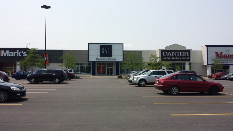 20150712_134042 - GAP - GAP Factory Store South Keys Ottawa ON