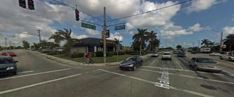 PSS Payless 750 Hallandale Beach Hallandale Beach FL 5 2007 https___maps.google