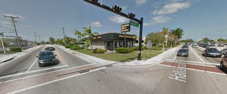 PSS Payless 750 Hallandale Beach Hallandale Beach FL 6 2011 https___maps.google