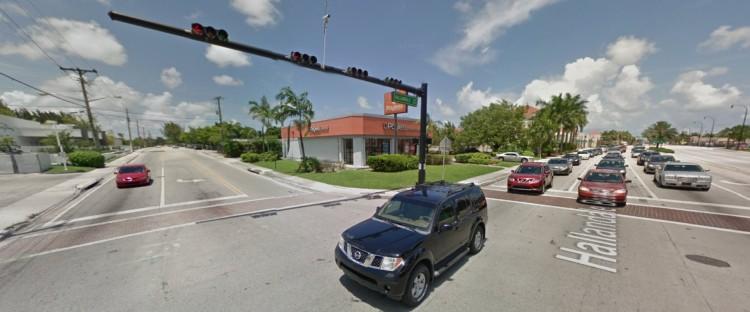 PSS Payless 750 Hallandale Beach Hallandale Beach FL 7 2014 https___maps.google
