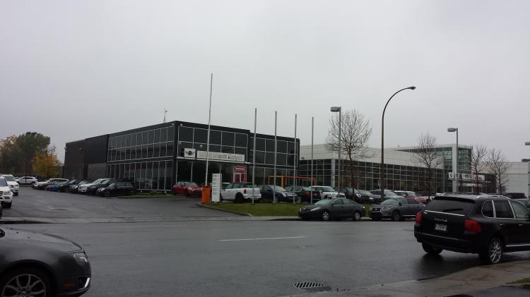 20151009_113043 MINI-BMW_MINI 4133 Jean-Talon Ouest Montreal Qc