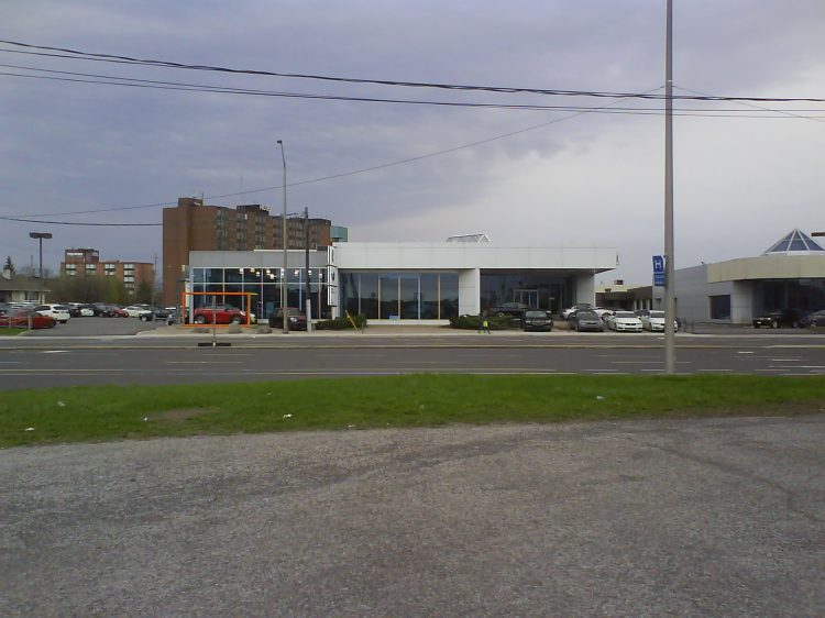 DSC12414 MINI-BMW_MINI 1040 Ogilvie Road Ottawa On