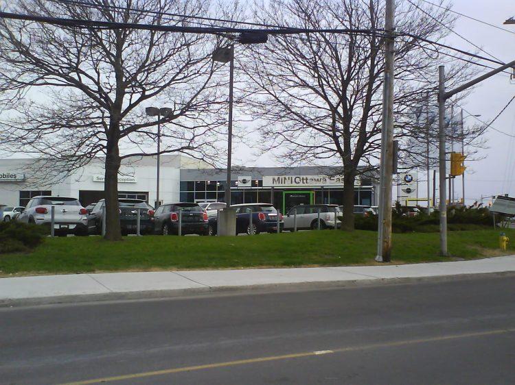 DSC12417 MINI-BMW_MINI 1040 Ogilvie Road Ottawa On