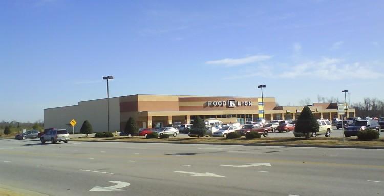 DSC07612 PCH - Food Lion 1243 E Cumberland Street Dunn NC