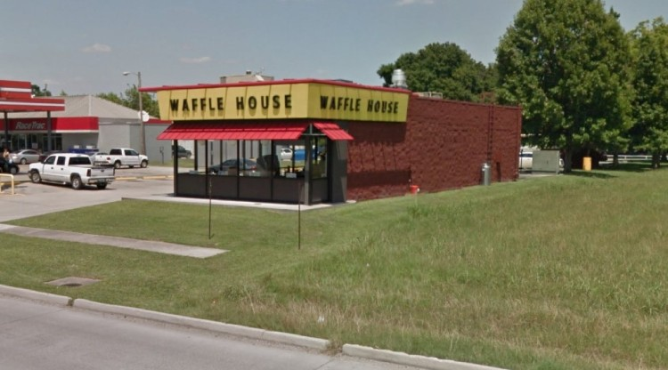 WHI - Waffle House 203 Ambassador Caffery Parkway Scott LA 6 https___www.google