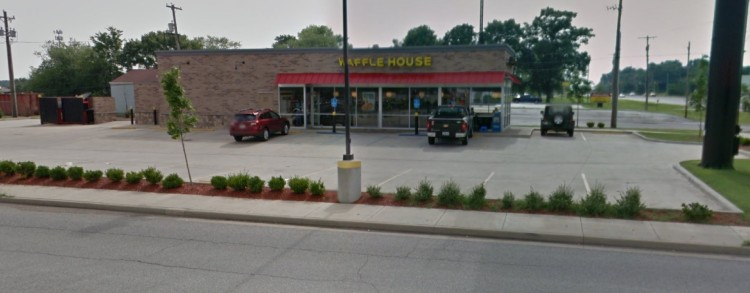 WHI - Waffle House 9221 E US Highway 36 Avon IN 5 https___www.google