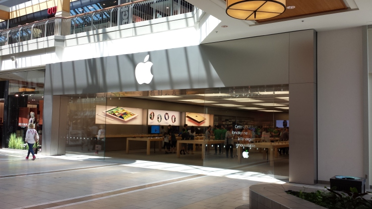 20160514_124355 AAPL Apple Mall Store CA-QC-Pointe-Claire 6801 Transcanada Highway CF Fairview Pointe-Claire