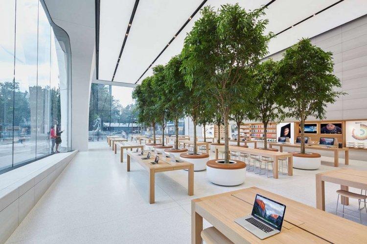 AAPL Apple Store BEL Brussels 26-28 Avenue de la Toison d'Or Inside