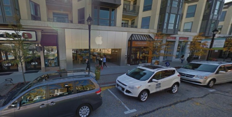 Apple Store 267 Crocker Park Boulevard Westlake OH 2 https___www.google