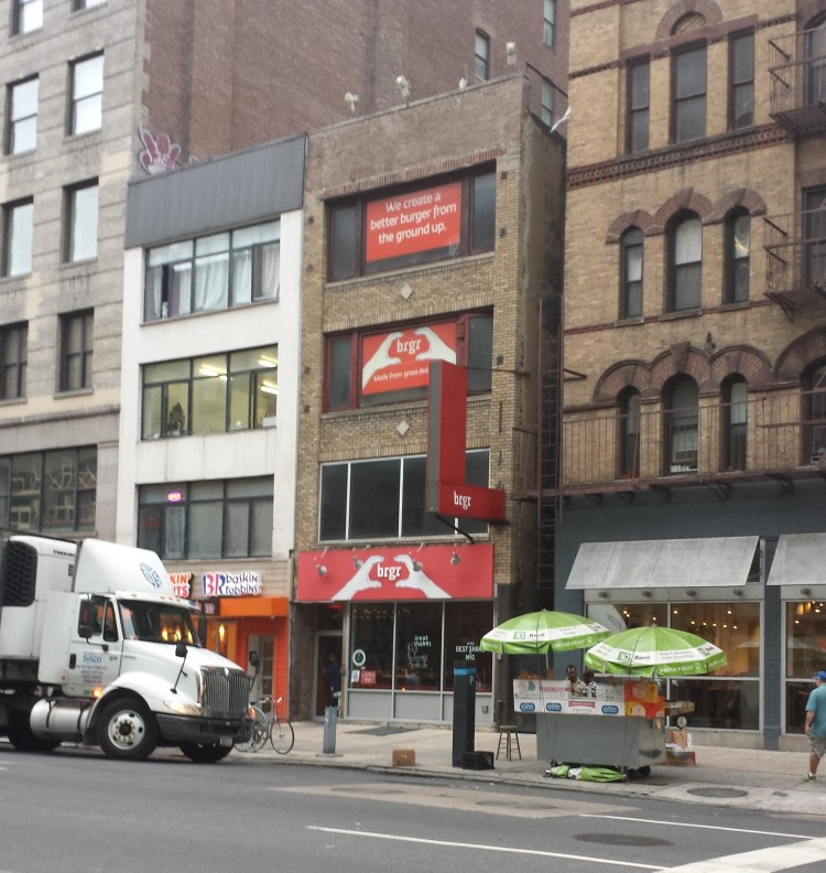 20150831_064609 WAB-BRGR 287 7th Avenue NYC NY