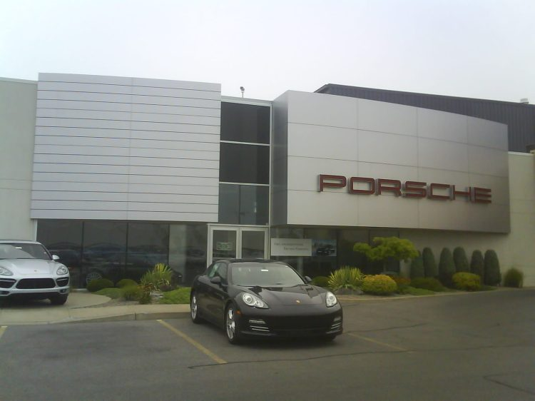 DSC06242 POR_Porsche dealership 5885 East Circle Drive Cicero NY