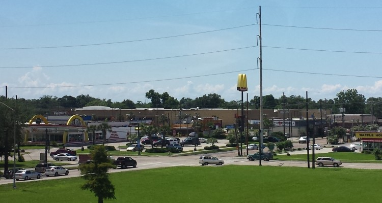 20150528_145400 WMT Walmart Supercenter US-LA-New Orleans 4301 Chef Menteur Highway